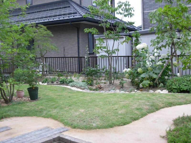 仙台市泉区 M様邸 芝生を楽しむ庭_10|竜門園