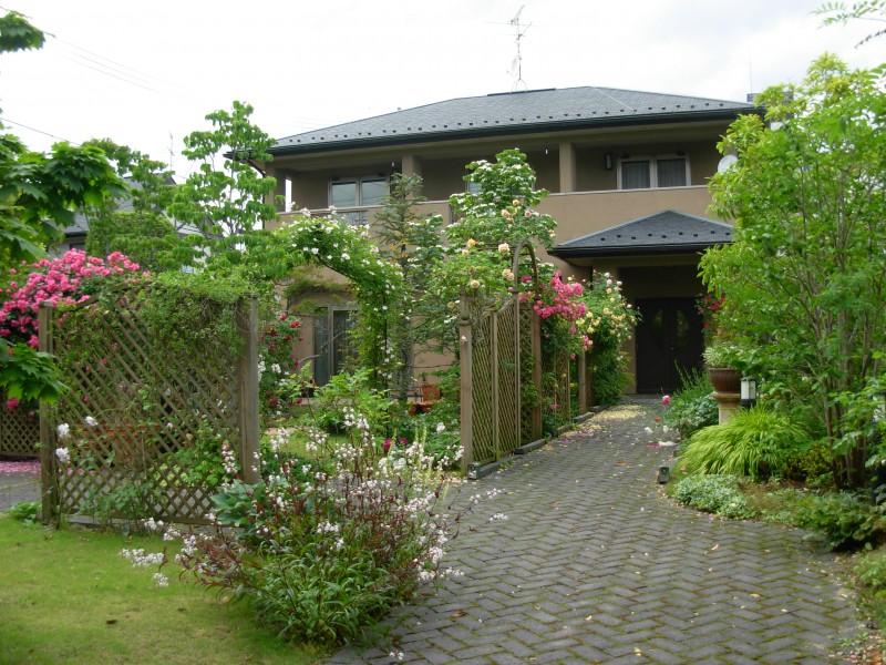 仙台市青葉区 H様邸 薔薇と宿根草の庭|竜門園