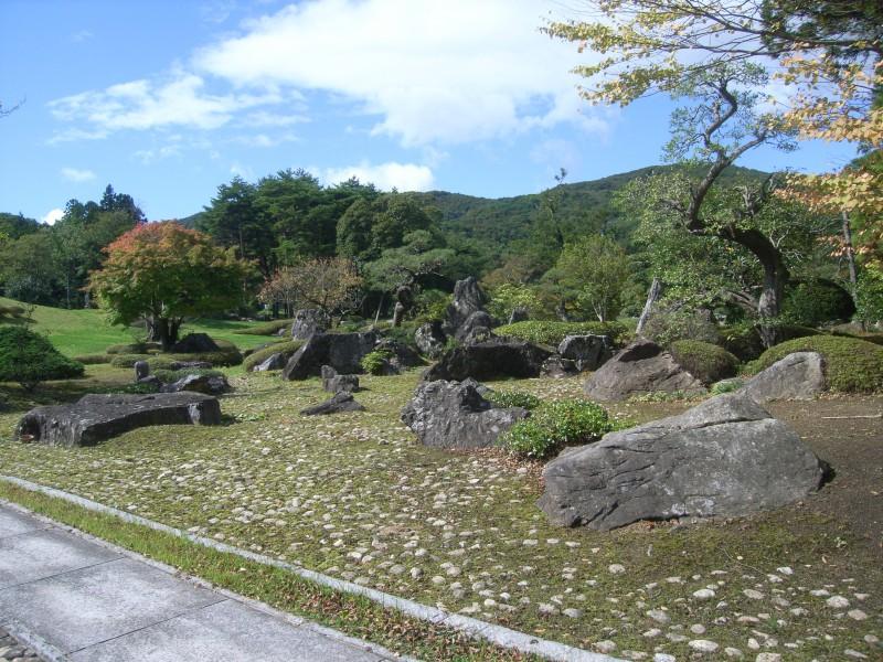 福島県 T邸 借景を生かした回遊式池泉庭園_2|竜門園