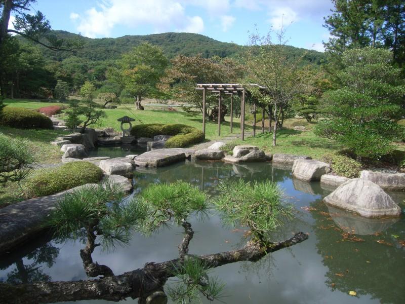 福島県 T邸 借景を生かした回遊式池泉庭園_3|竜門園