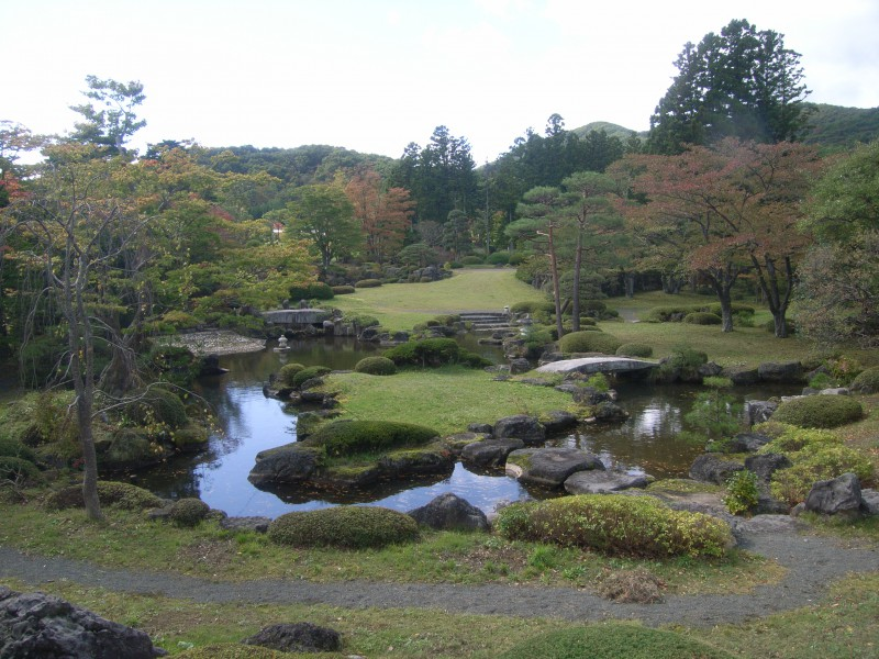福島県 T邸 借景を生かした回遊式池泉庭園|竜門園