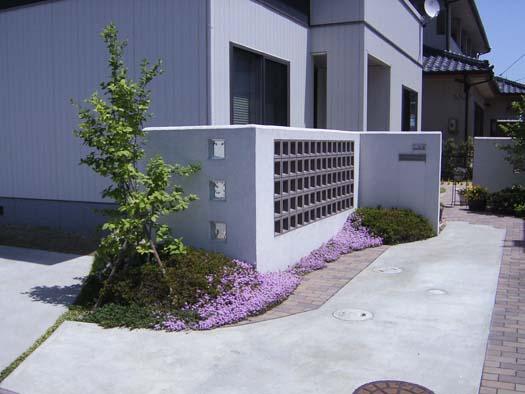名取市 H邸 ガラスブロックを使ったシンプルなエクステリア|竜門園