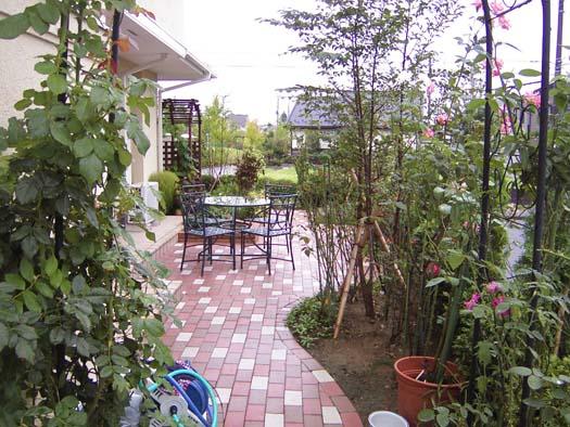 仙台市泉区 I 様邸 プロヴァンス風門柱とバラ香る庭_4|竜門園