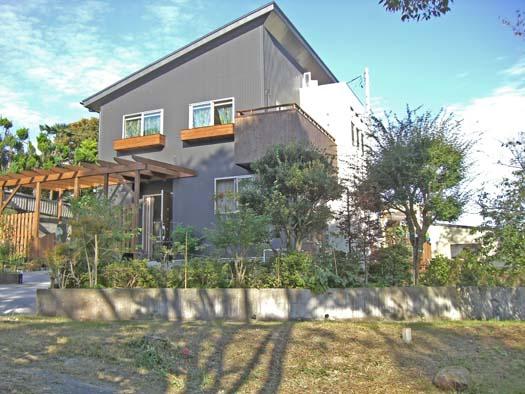 多賀城市 S様邸 枕木とメッシュフェンス_3|竜門園