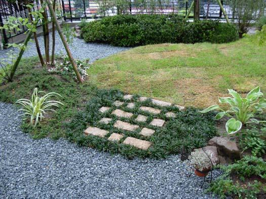 仙台市 I 様邸 芝生の築山と砂利敷きの庭_8|竜門園