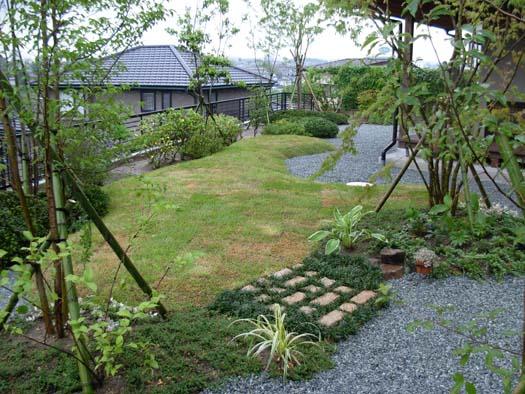 仙台市 I 様邸 芝生の築山と砂利敷きの庭_7|竜門園