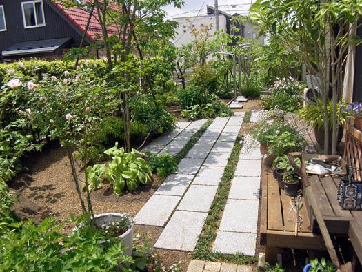 仙台市泉区 I 様邸 リガーデン 白いテラスの映える庭_2|竜門園
