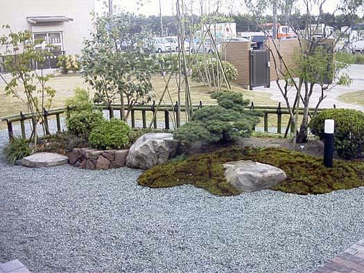 名取市 K様邸 芝生と築山庭園_4|竜門園