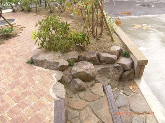 仙台市泉区 K様邸 シンボルツリーを囲むレンガ風の小路_4|竜門園