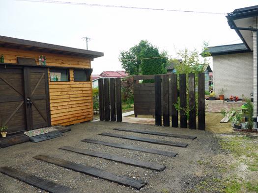 古川市 N様邸 目隠しフェンスと枕木|竜門園