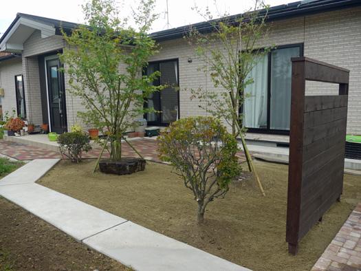 宮城県古川市 N様邸 木製フェンスとアプローチ_4|竜門園