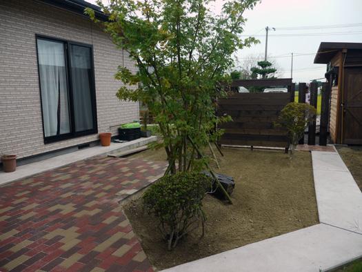 宮城県古川市 N様邸 木製フェンスとアプローチ_6|竜門園