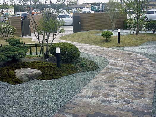 名取市 K様邸 芝生と築山庭園_1|竜門園